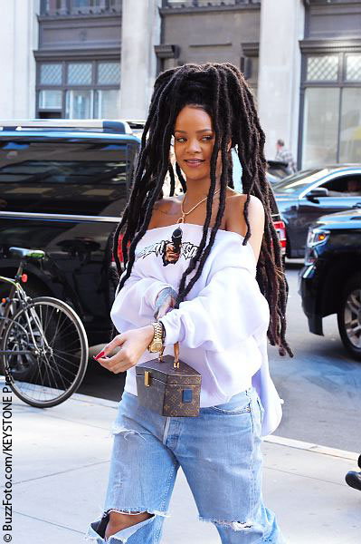 Rihanna has issued an emotional plea for help to track down her