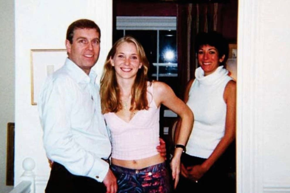 Prince Andrew, Virginia Giuffre, then Roberts, and Ghislaine Maxwell in 2001